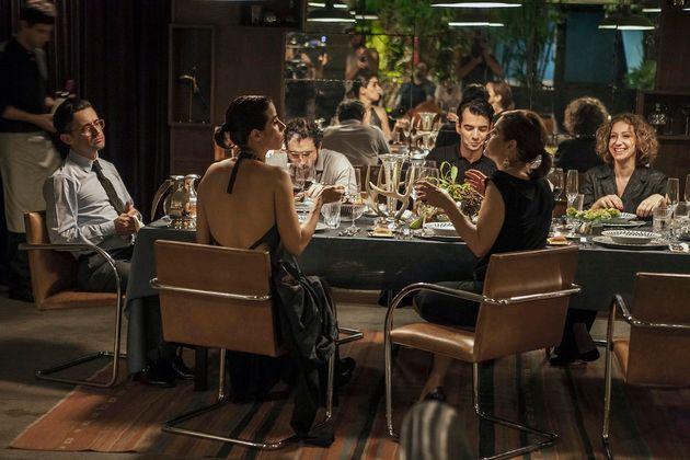 'O Banquete', o filme nacional sobre um jantar onde transbordam jogos de poder e