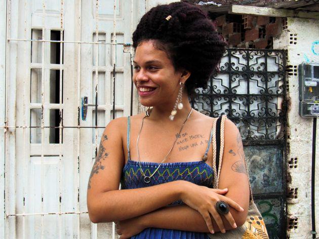 Trans-ativista, Maria Clara Araújo será mestre de cerimônia na 15ª edição do