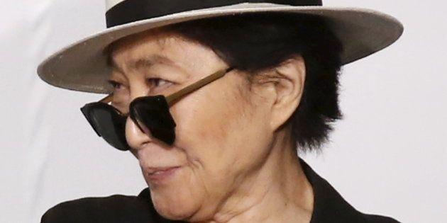 Coautora da música, Yoko só foi creditada pelo seu trabalho em