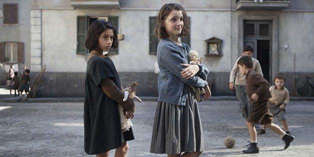 Produção conta a história de duas amigas da periferia de Nápoles, Lenù (apelido de Elena) e Lila, escrita...