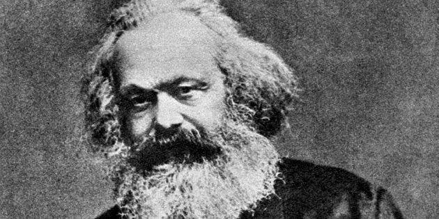 Karl Marx é um dos autores do Manifesto do Partido