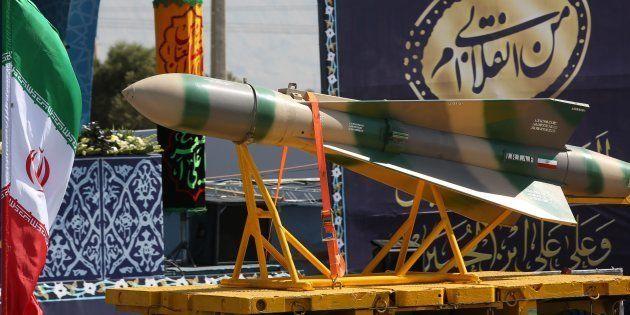 O míssil foi apresentado publicamente nesta sexta-feira (22) em Teerã, durante a Parada Militar que lembrou...