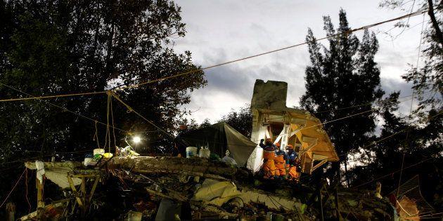 No sábado, um tremor de 6,1 graus atingiu a área central do país, no estado de Oaxaca, e no último dia...