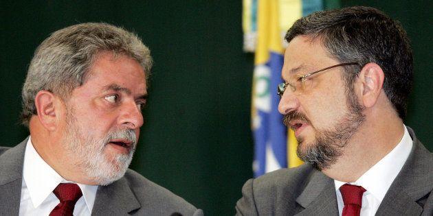 Atonio Palocci pede desfiliação do