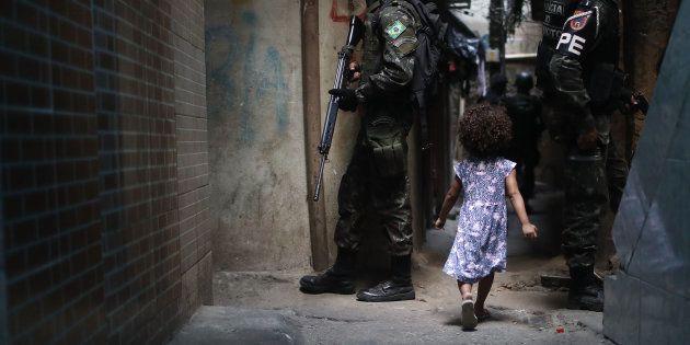 Crise de segurança no Rio de Janeiro fecha escolas e já afetou 156.977