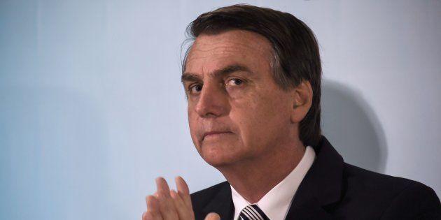 Jair Bolsonaro foi condenadopelo Ministério Público Federal do Rio de Janeiro pordanos morais a comunidades...