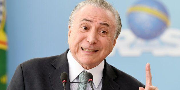 O advogado Eduardo Carnelós entregou à Comissão de Constituição e Justiça (CCJ) da Câmara dos Deputados...