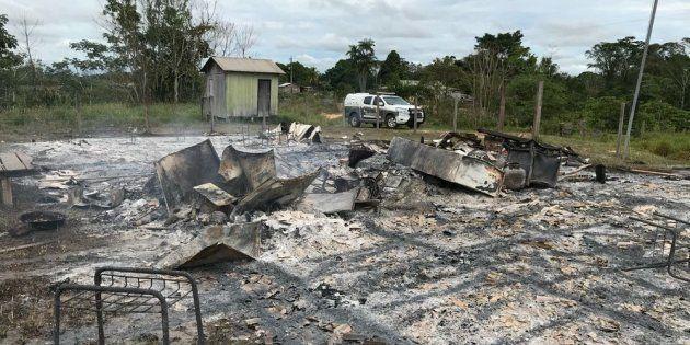 Quase cem alunos da Escola Estadual Rural Vicente Brito de Sousa estão sem