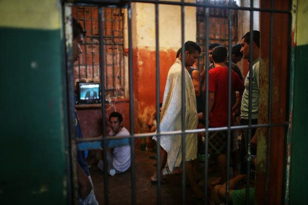 Detentos na penitenciária Desembargador Raimundo Vidal Pessoa, em Manaus