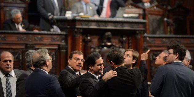Cúpula da Assembleia Legislativa do Rio é alvo de operação da Polícia