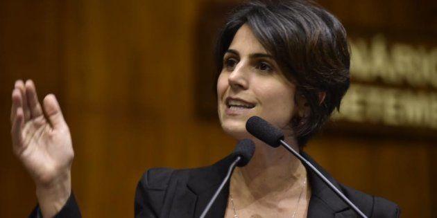 Manuela D'Ávila é pré-candidata à Presidência pelo