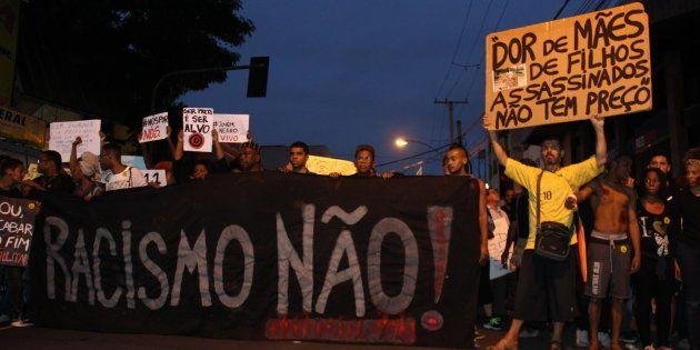 No Brasil, ao menos 92% da população acredita que o racismo existe, mas que somente 1,3% dela se declara