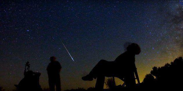 O céu será invadido por uma chuva de estrelas cadentes visíveis a olho nuna noite da próxima quarta-feira...