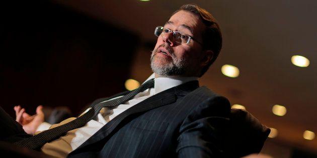 Ministro Dias Toffoli é questionado por julgar ações de banco em que tem
