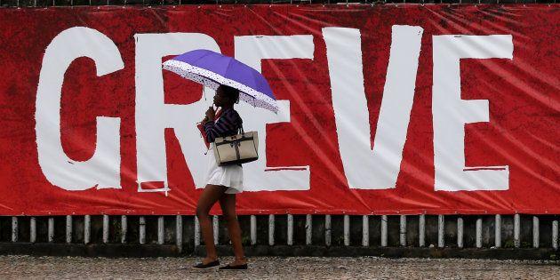 Greve geral em 2017 contra as reformas econômicas do governo de Michel