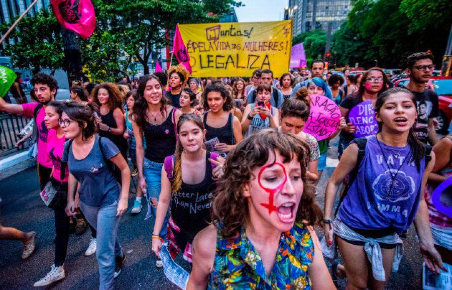 Protesto em São Paulo pede descriminalização do