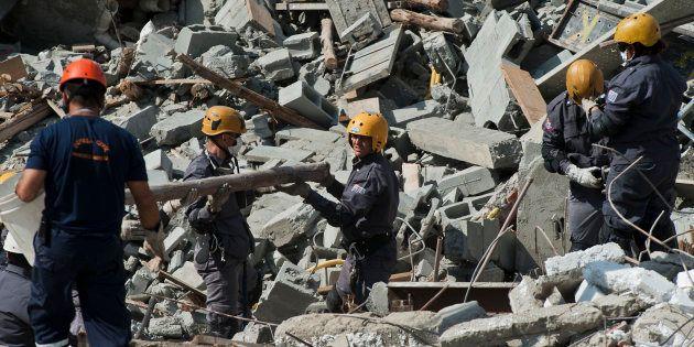 Desmoronamento em Guarulhos (SP) em 2013 mata