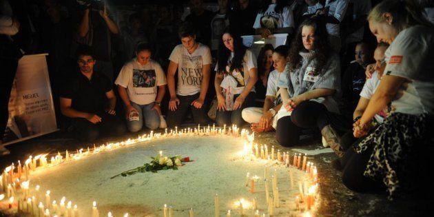 Um ano após tragédia, familiares de vítimas de incêndio na boate Kiss fazem