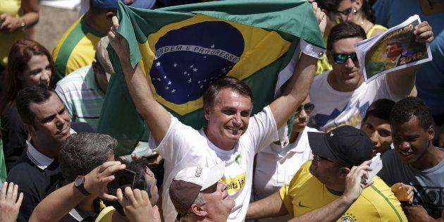 Deputado Jair Bolsonaro (PSC-RJ) em protesto pelo impeachment de Dilma