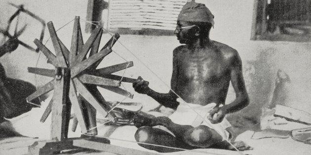 Líder Mahatma Gandhi em protesto