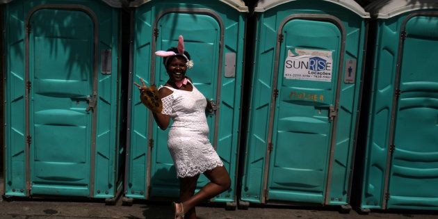 Foliã no Rio de Janeiro dá a dica: use banheiro