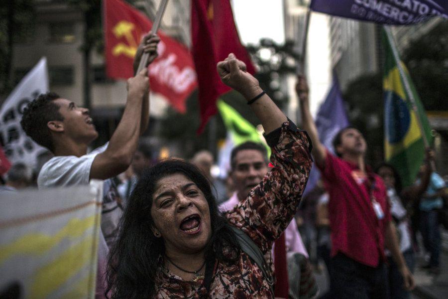 Trabalhadores no Rio de Janeiro protestam em junho de