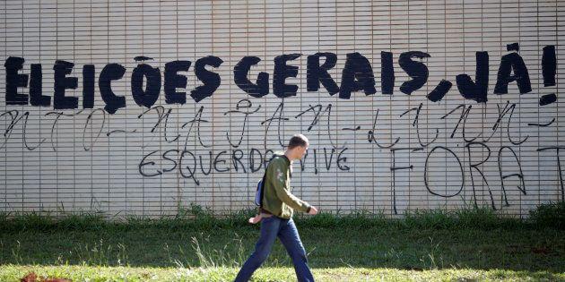 Parede em Brasília pede