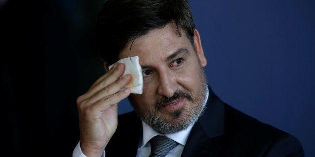 Diretor da Polícia Federal, Fernando Segovia, terá de explicar declaração sobre arquivar inquérito contra