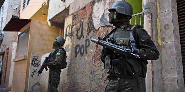 A presença das Forças Armadas não é novidade no Rio de Janeiro, já foi usada em grandes eventos como...