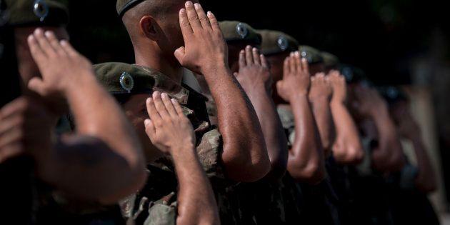 O Sistema Único de Segurança Pública prevê trabalho integrado entre as polícias Federal, Rodoviária,...
