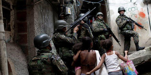 Prefeito do Rio quer aplicar argamassa blindada em