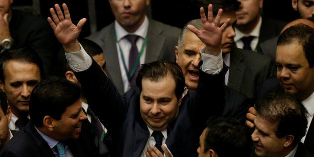 Pré-candidatura de Rodrigo Maia ao Palácio do Planalto pode prejudicar apoio de Bolsonaro em partidos...