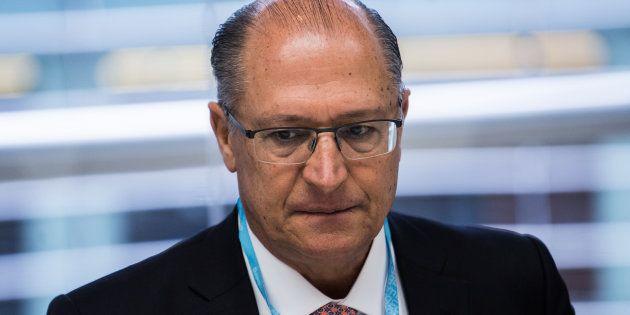 Pré-candidato do PSDB ao Planalto, Geraldo Alckmin enfrenta dificuldade em decolar nas