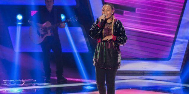 Talita Cipriano, de apenas 14 anos, deu show na apresentação ao vivo e conquistou a