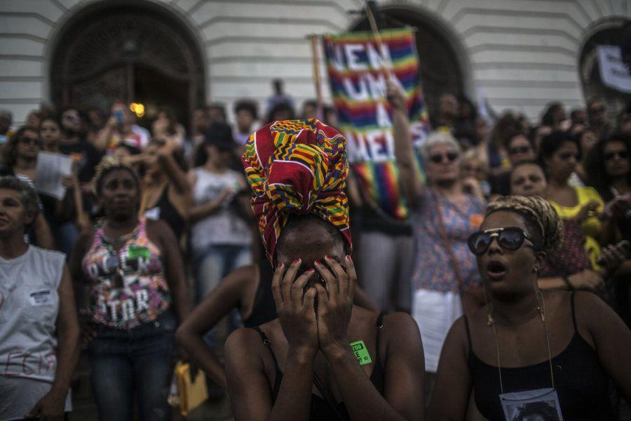 Vigília no Rio de Janeiro pelo assassinato da vereadora Marielle Franco começou na Câmara dos Vereadores...