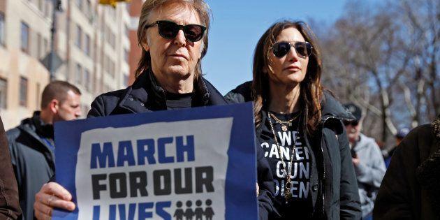 Ex-Beatle Paul McCartney se junta a mobilização durante a 'Marche pelas nossas Vidas', que exige controle...
