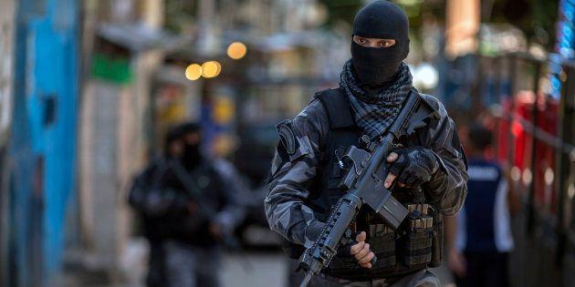 PSol defende descriminalização de drogas e unificação das polícias civil e militar para lidar com crise...
