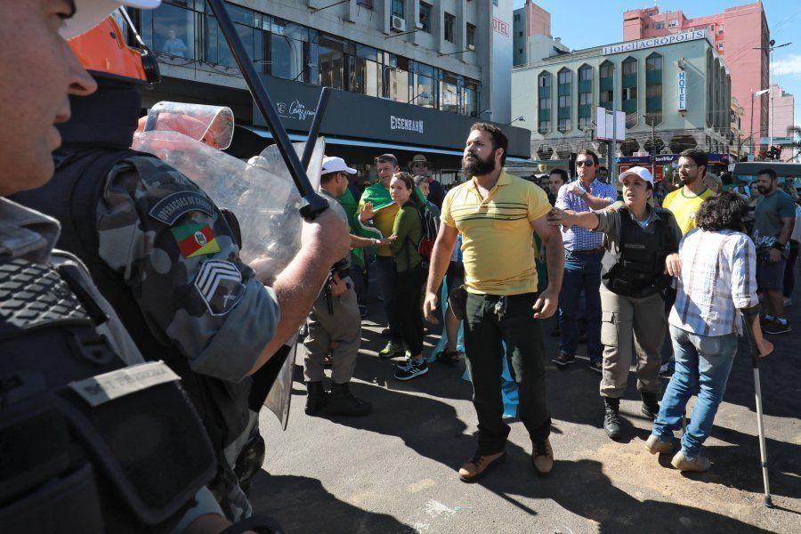 Ataques a petistas estiveram presentes desde o início da caravana de Lula pelo Sul, em 19 de março. Violência...