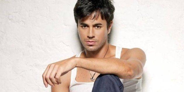 Enrique Iglesias levará romantismo, baladas e parceria com Zé Felipe ao Espaço das