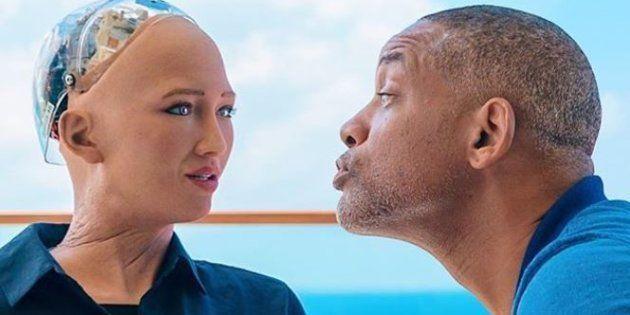 O encontro de Will Smith com a robô