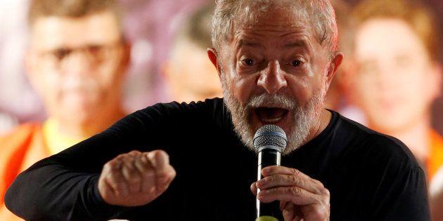 Defesa do ex-presidente Luiz Inácio Lula da Silva entrou com novo habeas corpus para impedir
