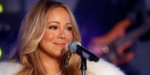 Expor os quadros, como fez Mariah Carey e outros artistas, é o 1º passo