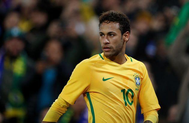 Neymar: País torce pela recuperação do camisa 10, craque, referência e principal esperança para conquistar...