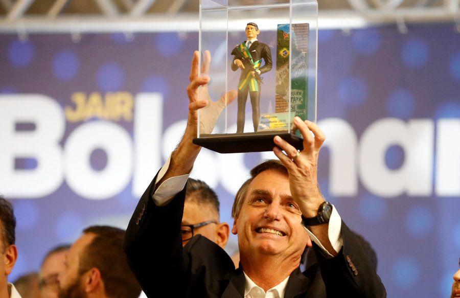 Sem Lula na corrida eleitoral e sem união da esquerda, Celso Amorim vê risco de regime fascista no
