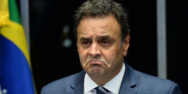 A denúncia acusa o senador Aécio Neves de receber R$ 2 milhões em propina do empresário Joesley Batista...