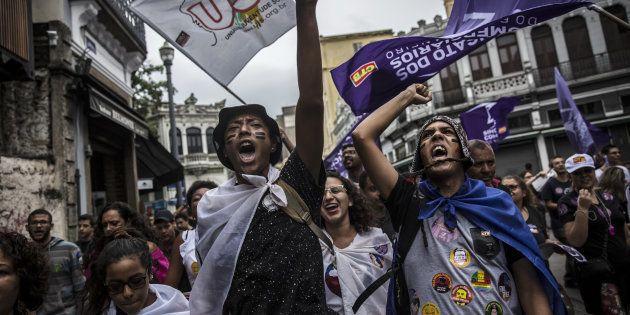 Alvo de protestos, reforma trabalhista em vigor é a mesma aprovada pela Câmara. Medida provisória sobre...
