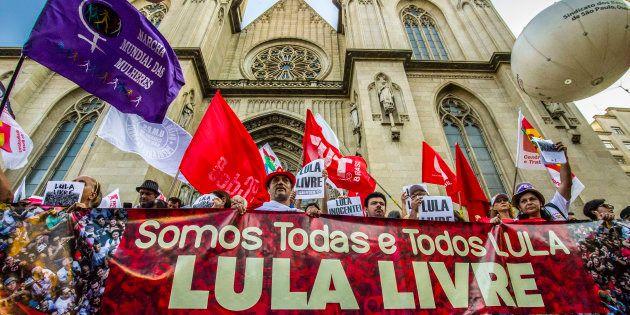 Defesa de Lula comemora decisão do STF que tirou das mãos de Sergio Moro trechos da delação da