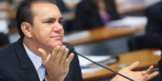 Relator do Estatuto da Diversidade Sexual, senador Ataídes Oliveira já criticou