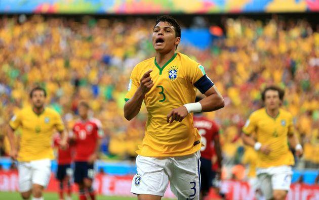 Titular na Copa de 2014, Thiago Silva, do PSG, deve ficar como opção na reserva na