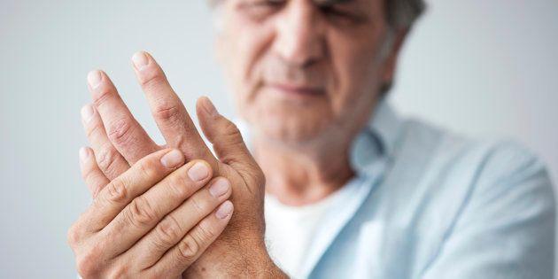 Veja 7 sinais das suas mãos para prestar atenção a sua
